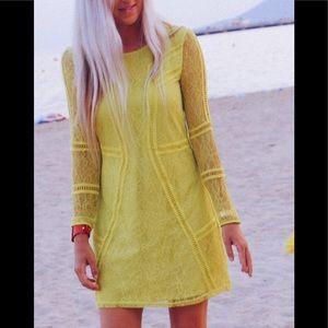 Vintage H&M NEON 💛 lace shift dress